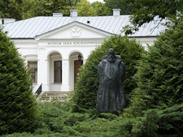 Zwoleń, Regional Center at the Kochanowski Necropolis