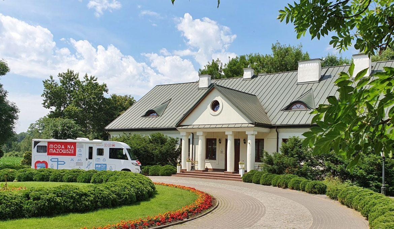 Mościbrody Manor